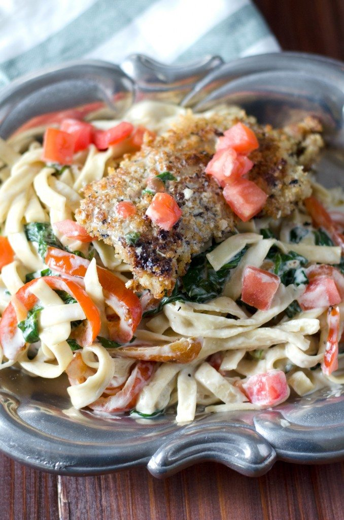 Copycat Olive Garden Tuscan Garlic Chicken Fettuccine | Go Go Go Gourmet @gogogogourmet