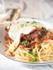 Best authentic Chicken parmesan with spaghetti