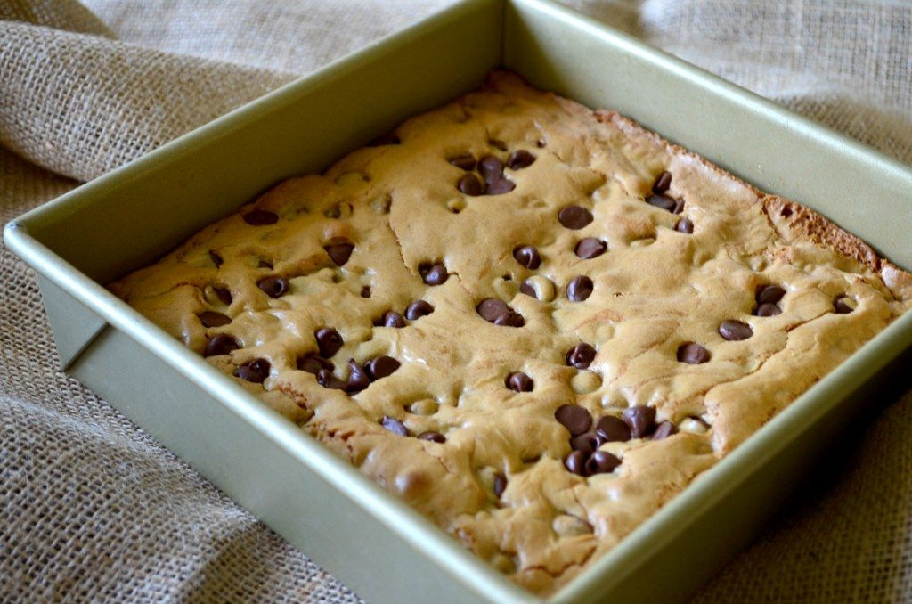 Chocolate chip blondies in a pan