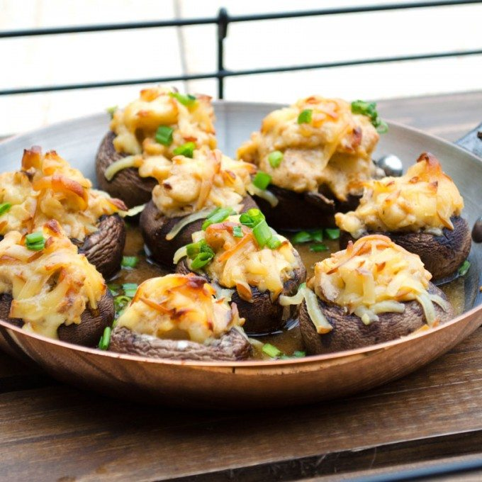 Lobster Stuffed Mushrooms- take the ordinary to the extraordinary! Lobster,cream cheese, chives and gouda. | Go Go Go Gourmet @gogogogourmet