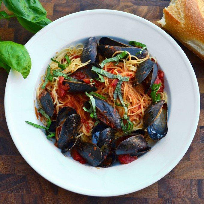 Mussels Marinara | @gogogogourmet