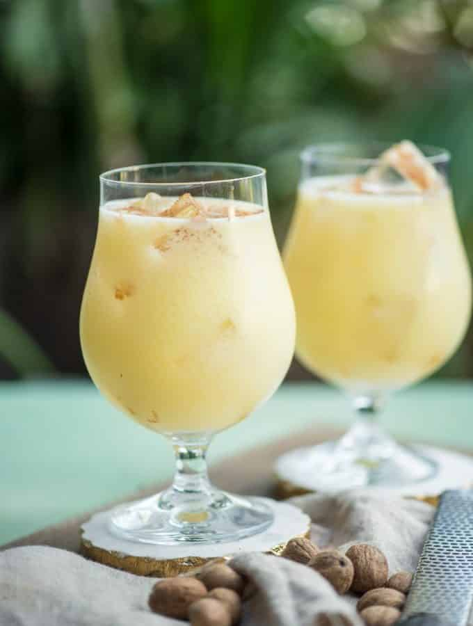 If you're looking for a great warm weather cocktail, make these Painkiller Drinks! Coconut, pineapple, rum, and orange- what's not to love? | @gogogogourmet