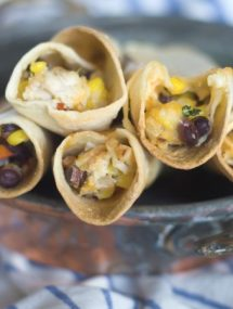 Southwest Chicken Taquitos- perfect for dinners, snacks and parties. Fast and easy! | Go Go Go Gourmet @gogogogourmet
