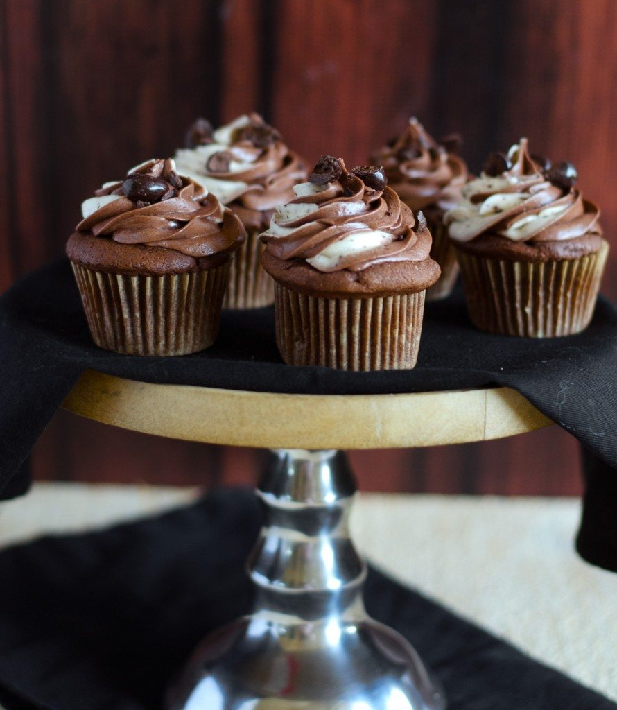 Java Chip Cupcakes These Java Chip Cupcakes are the cake version of the famous Starbucks frappuccino! | @gogogogourmet