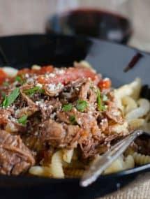 Crockpot Beef Ragu | Go Go Go Gourmet @gogogogourmet