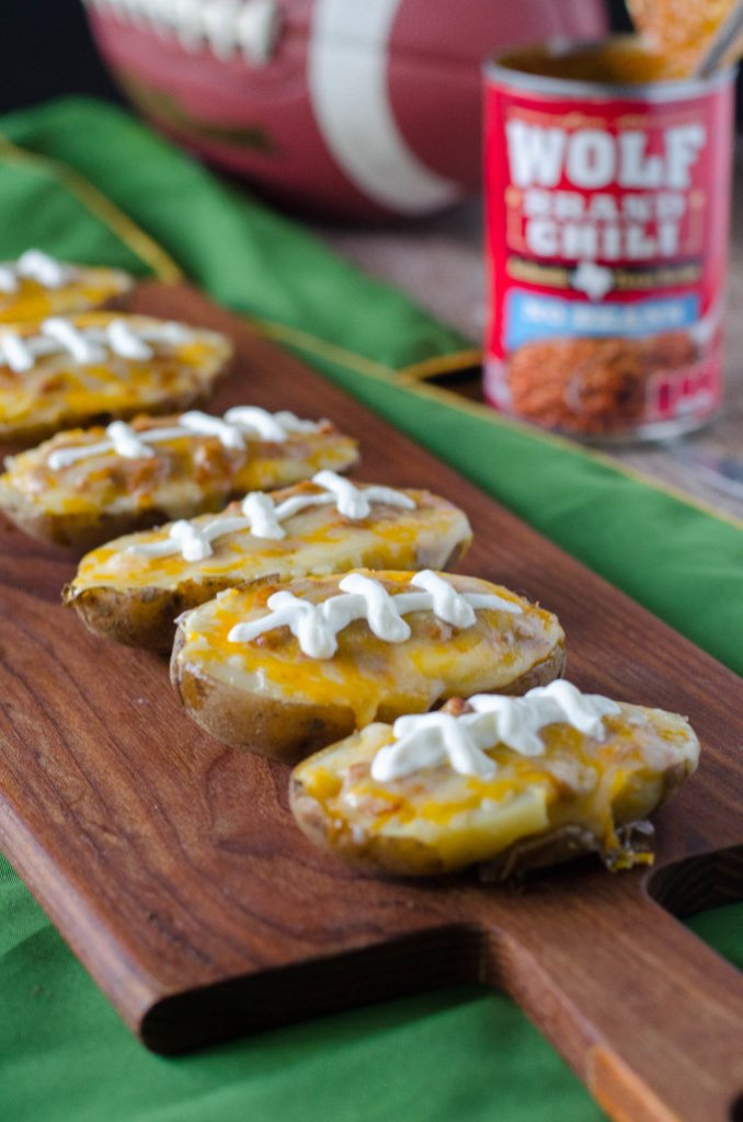 Chili Cheese Potato Skins- messy, cheesy and perfect for celebrating the big game! | Go Go Go Gourmet @gogogogourmet