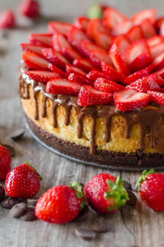 Chocolate Covered Strawberry Cheesecake - chocolate cookie crust, a ...