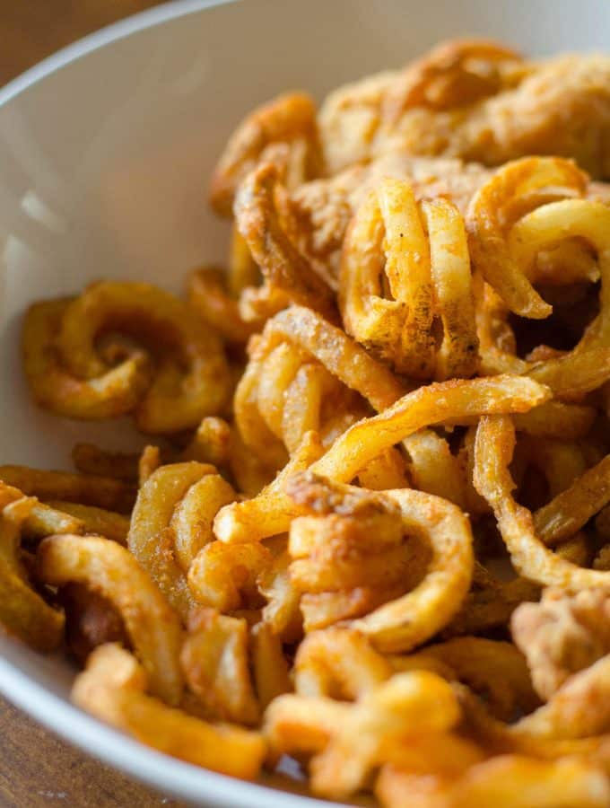 Crispy Curly Fries in the Philips AirFryer | Go Go Go Gourmet @gogogogourmet