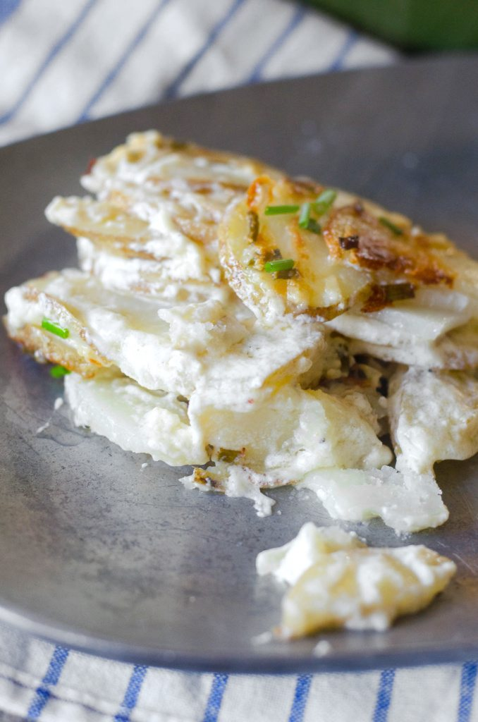 Goat Cheese and Chive Creamy Scalloped Potatoes | Go Go Go Gourmet @gogogogourmet