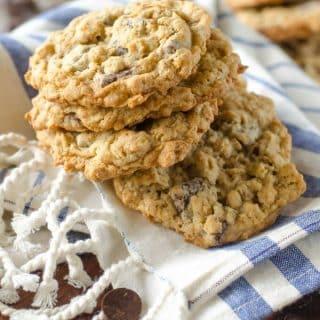 Soft and Chewy Oatmeal Chocolate Chunk Cookies | Go Go Go Gourmet @gogogogourmet