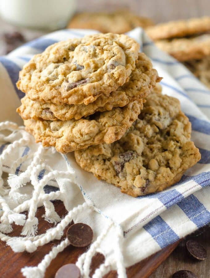 Soft and Chewy Oatmeal Chocolate Chunk Cookies | Go Go Go Gourmet @gogogogourmet