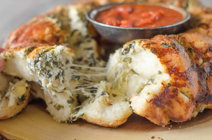 Pull Apart Cheese Stuffed Spinach Artichoke Bread • Go Go ...