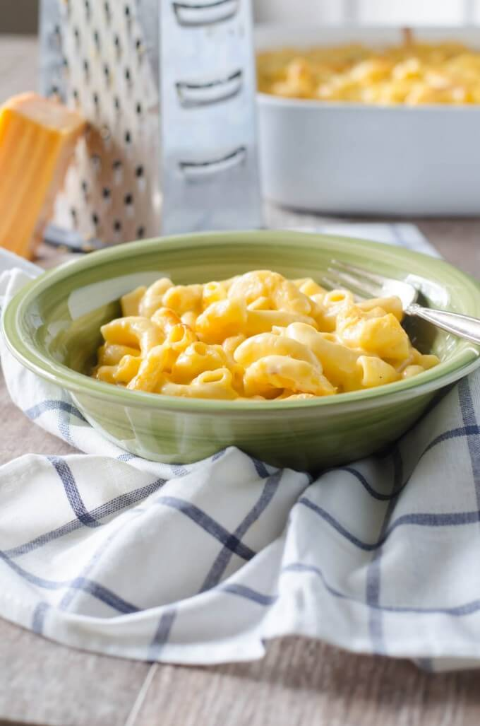 Copycat Stouffer's Mac and Cheese | @gogogogourmet