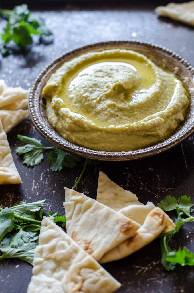 Thai Green Curry Hummus- a fast, easy and healthy snack! | Go Go Go Gourmet @gogogogourmet