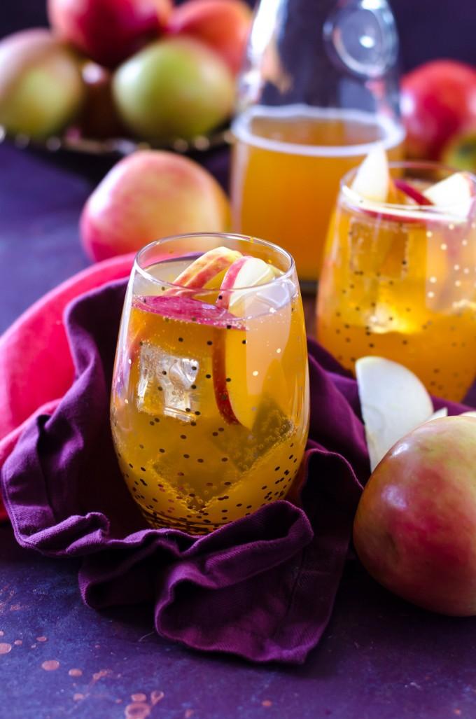 Sparkling Double Apple Cider Fireball Sangria | @gogogogourmet