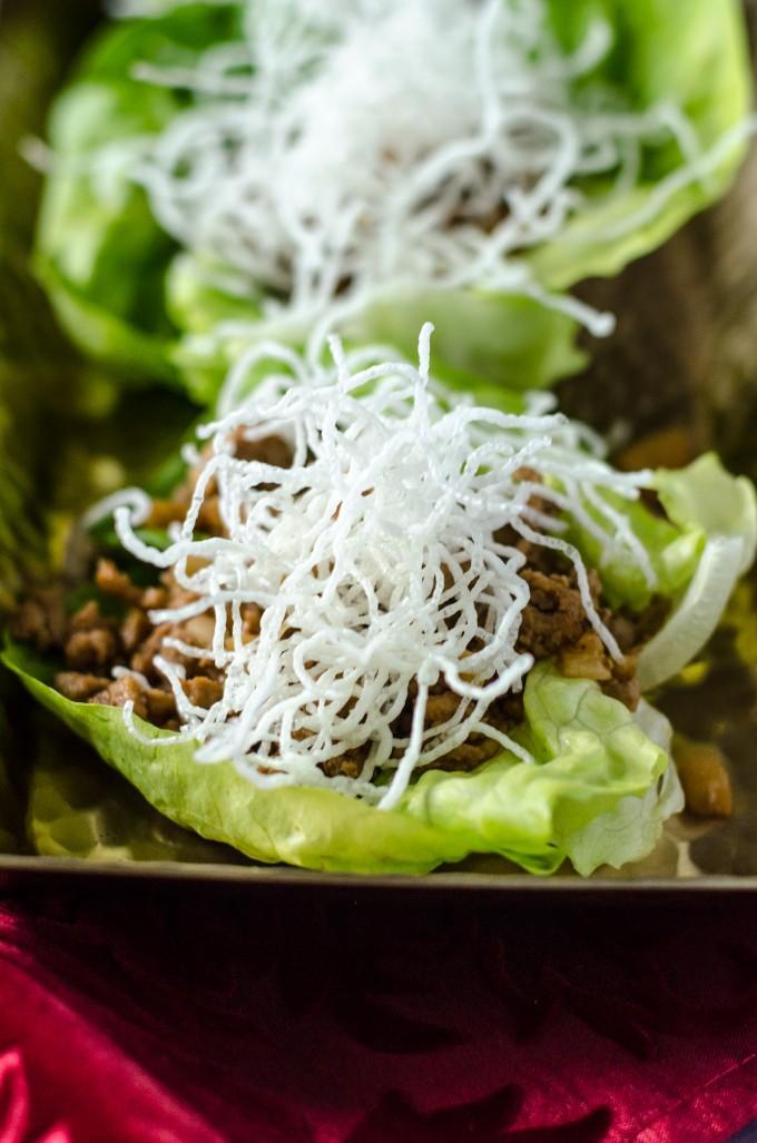 Chicken Lettuce Wraps (PF Chang's Copycat) | @gogogogourmet