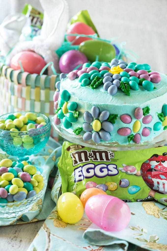 Easy M&Ms Spring Flower Cake Recipe | @gogogogourmet