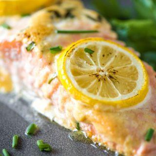 This baked salmon recipe has a delicious dijonnaise sauce for an easy dinner! | @gogogogourmet