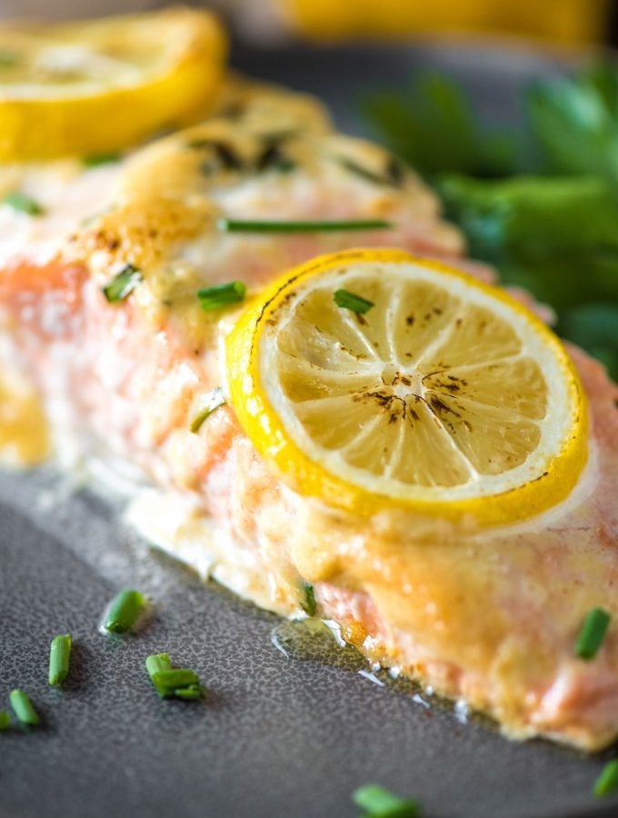 This baked salmon recipe has a delicious dijonnaise sauce for an easy dinner! | @gogogogourmet