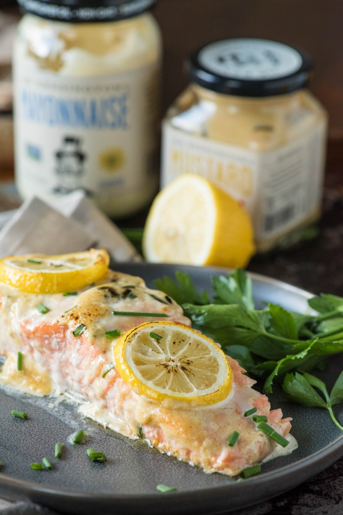Easy baked lemon salmon recipe | @gogogogourmet