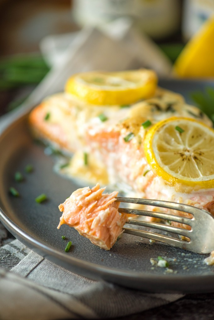 Moist and tender mustard salmon with lemon and mayonnaise | @gogogogourmet