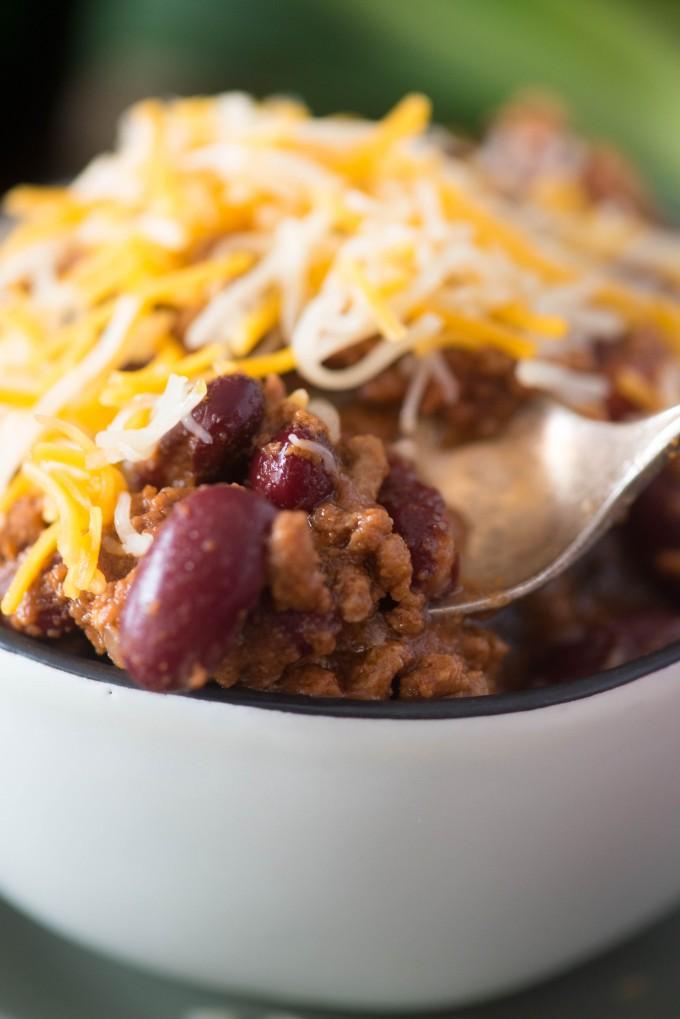 Hearty Beef Instant Pot Chili | @gogogogourmet