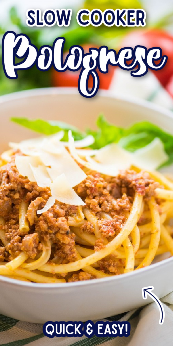 BEST EVER! This Slow Cooker Bolognese cooks all day long in the crockpot. Hearty and rich, it's full of incredible classic authentic Italian flavors, and coats every strand of pasta perfectly. #gogogogourmet #slowcookerbolognese #bolognesesauce #homemadepastasauce via @gogogogourmet