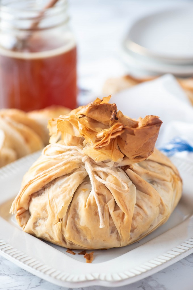 Baklava Baked Brie Appetizer