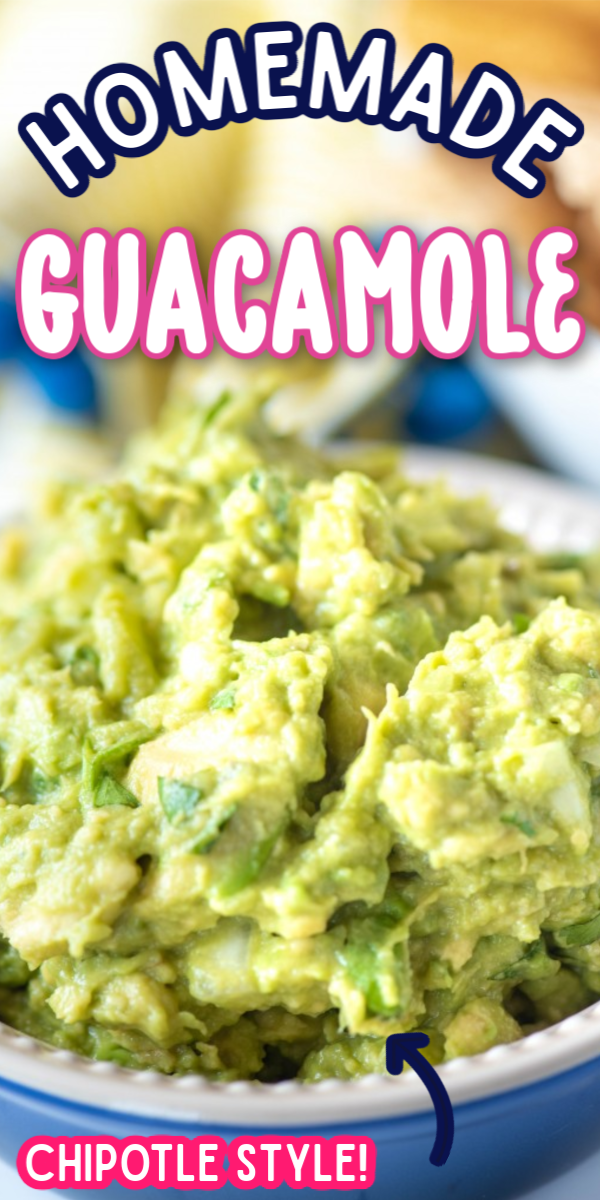 You are going to love how easy this Homemade Guacamole recipe is! Mexican style meals aren't complete without a bowl of chips and this dip. It's the perfect Chipotle copycat! #easyhomemadeguacamole #chipotleguacamole #authenticguacamole #gogogogourmet via @gogogogourmet