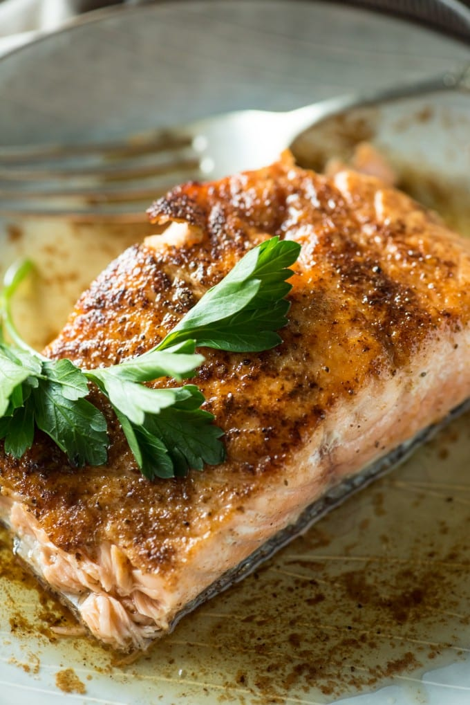 Pan seared salmon with parsley